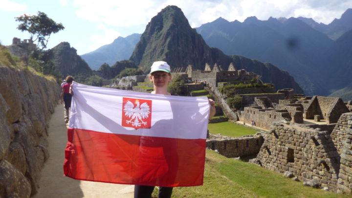 bandera polaca machupicchu