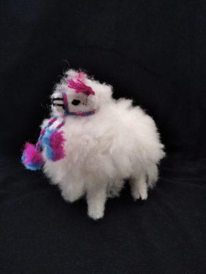Alpaka - maskotka z wełny owczej