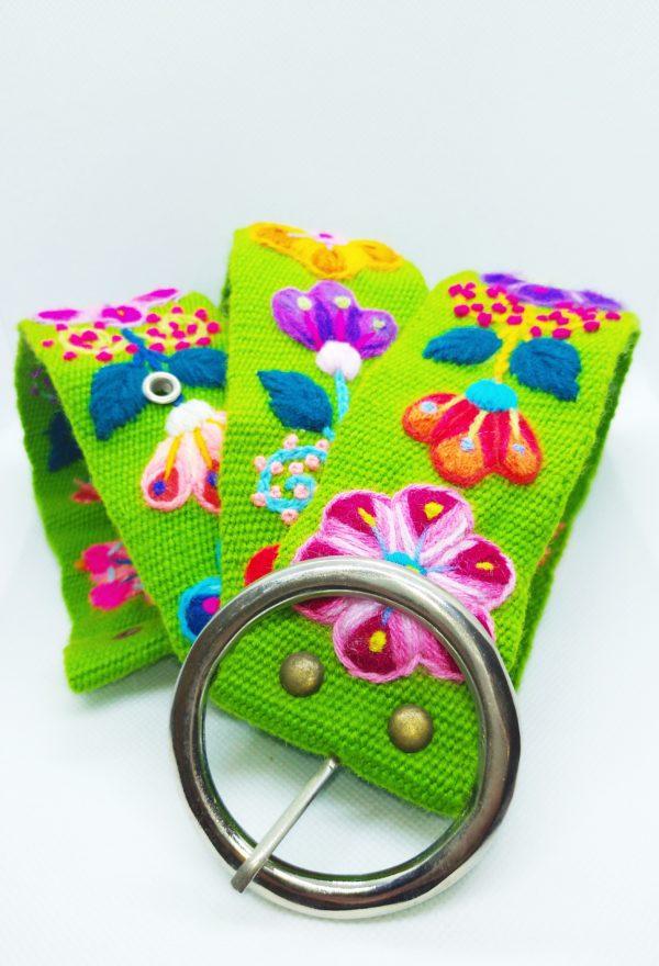 Ręcznie haftowany pasek z Ayacucho to wysoka jakość wykonania i 100% naturalnych materiałow.